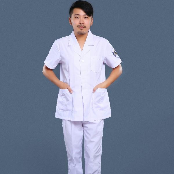 白色急救服