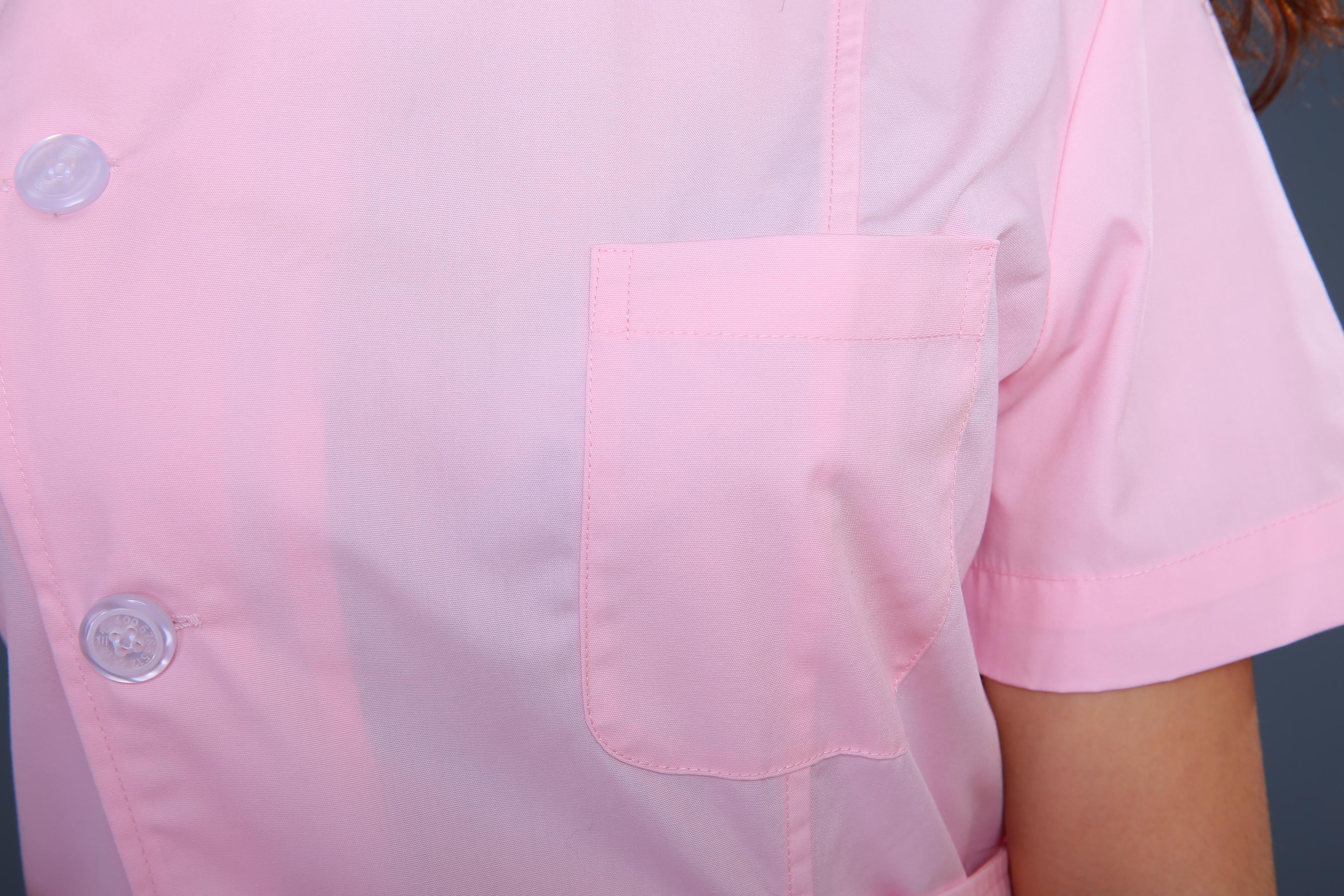 粉色护士制服