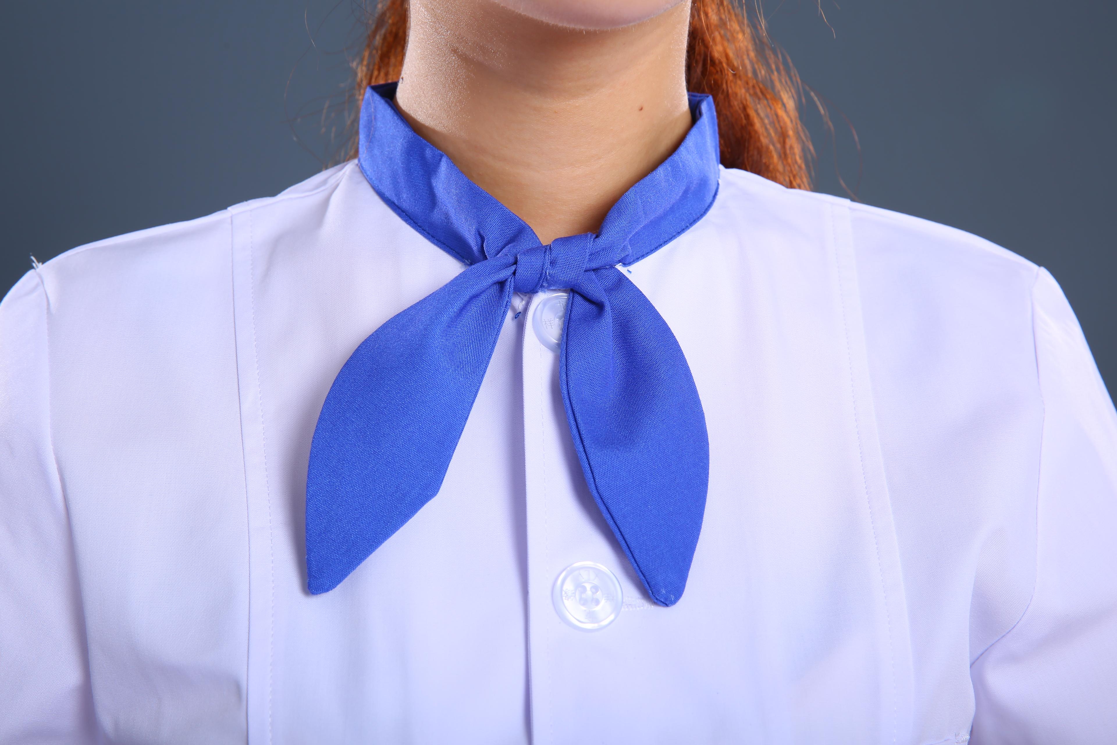 蓝带护士制服