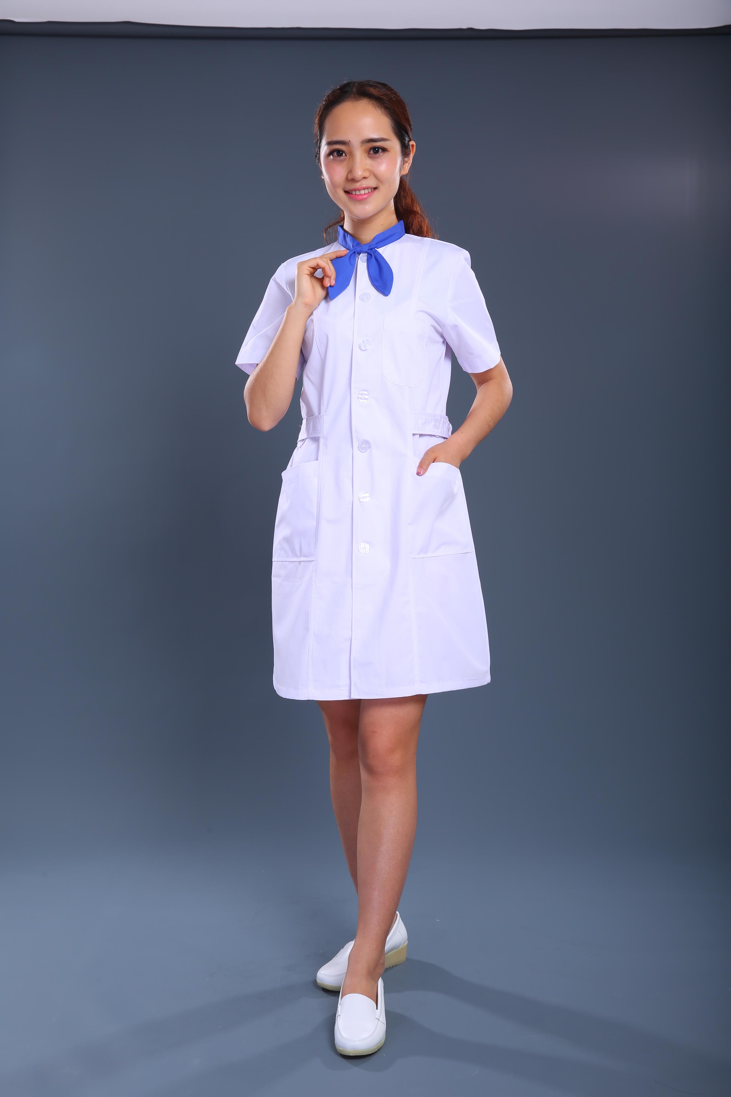 蓝白款护士制服