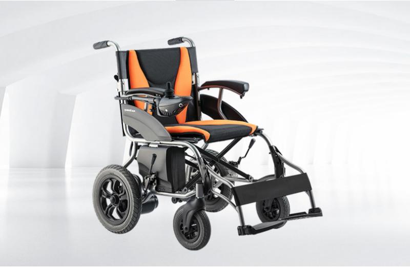 老年人可以使用电动轮椅车吗